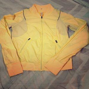 Lululemon lightweight  front zipper blazer