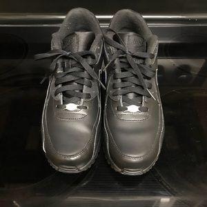 Men's Nike Air Max size 10.5