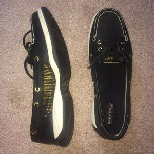 BNOWT Sperry boat shoes