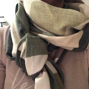 Cashmere Camo scarf