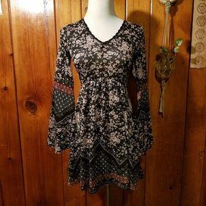 Boho Floral Print Bell Sleeve Knit Dress XS