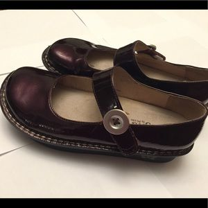 Alegria burgundy patent leather Mary Janes. 39
