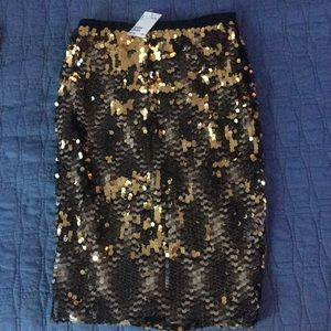 NWT H&M Gold Sequin Pencil Skirt w Stretch