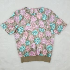 Vintage Short Sleeve Floral/Rose Blouse