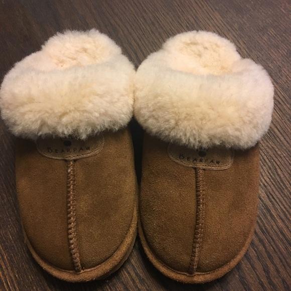 55440a9d76d473 BearPaw Shoes - Bear Paw Loki ll slippers