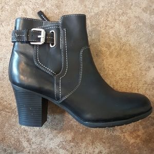 NWT Rockport booties