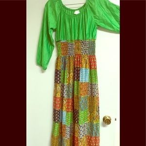 70s print dress. Polyester cotton blend