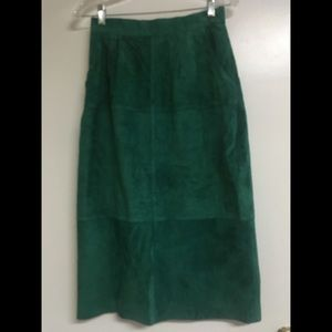 Vintage 1980s forest green suede skirt