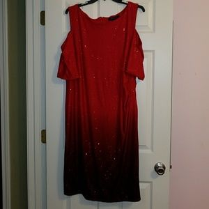 Glitzy red ombre cold shoulder dress- 22/24W