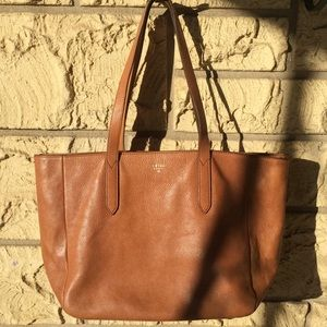 Fossil Leather tote tan gorgeous bag