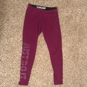 Nike magenta leggings, like new