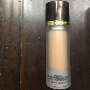tom ford traceless perfecting foundation 5.5bisque