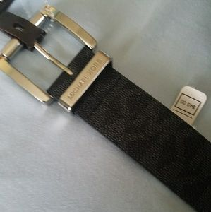 Michael kors Authentic monogram belt
