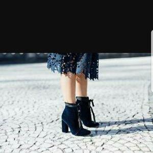 Zara blue velvet boots 39