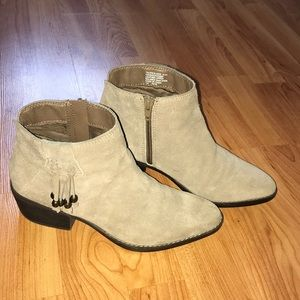 White mountain genuine leather boots