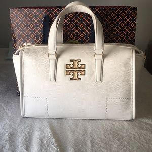🎉2018Trends HP🎉Tory Burch large Britten in ivory