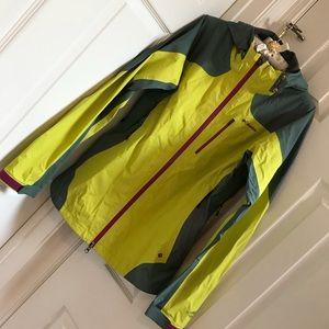 VGUC Columbia Evapouration Rain Jacket