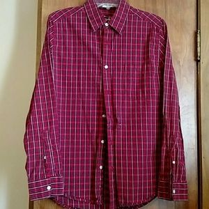 Old Navy Men's short sleeve shirt