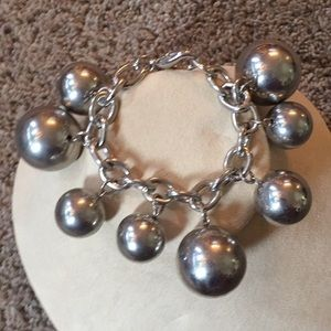 Ball bracelet silver banana republic chunky