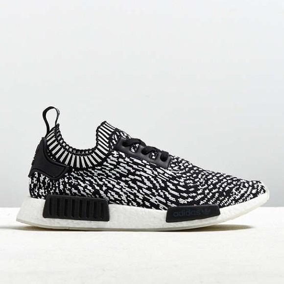 22ec47b710610 Adidas Mens NMD R1 Spotted Primeknit Sneaker 11.5