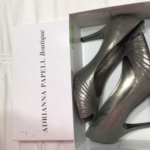 ADRIANNA PAPELL SHOES NWT