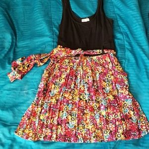 Black and Floral Dress w Pockets