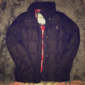 Abercrombie & Fitch Dark Brown Puffer Coat