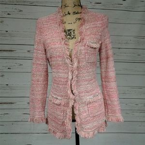 📸 Cache Gorgeous pink and white knit cardi!