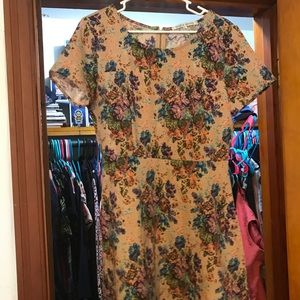 Collective Concepts Tapestry Dress - Best Offer!