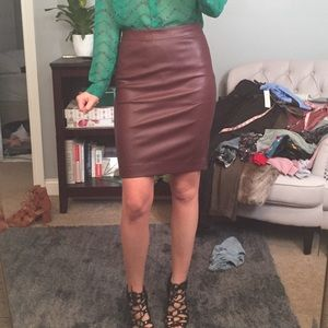 Burgundy faux leather pencil skirt