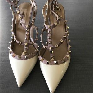 Valentino Rock Studs barely worn