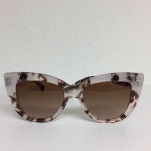 Brand New Valentino sunglasses VA 4025