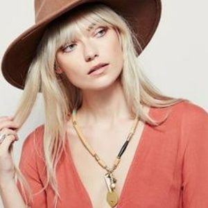 Free People Horn Necklace