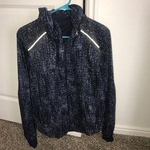 Lululemon windbreaker/rain jacket