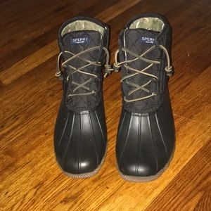 Brand new never worn black Sperry duck boots, 9.5