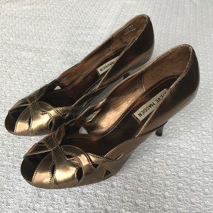Good/Bronze Steve Madden Heels