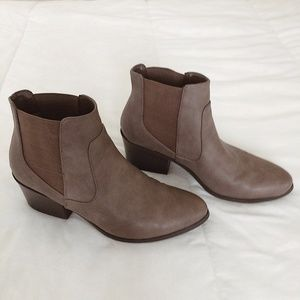 Brown Heeled Ankle Chelsea Boots
