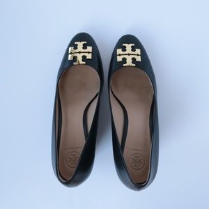Tory Burch black 8.5m Raleigh leather pump wedges