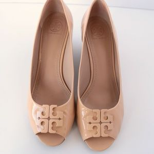 Tory Burch Nude Patent Leather Lowell Wedges