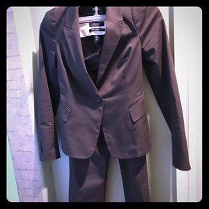 Victoria'sSecret Body female brown suit.
