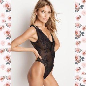 5639826c32b Victoria s Secret Intimates   Sleepwear - Lace   Dot Mesh teddy 🌸VICTORIAS  SECRET