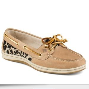 Sperry Top-Sider tan leaopard cheetah boat shoes