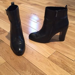 Dolce Vita Black Leather Ankle Boots Size 12