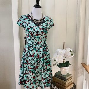 NWT KENSIE Turquoise Pansy Floral Dress