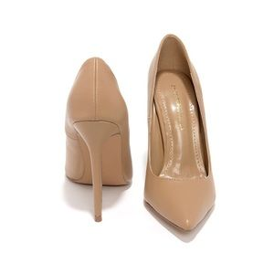 Click Your Heels Camel Beige Pointed Pumps