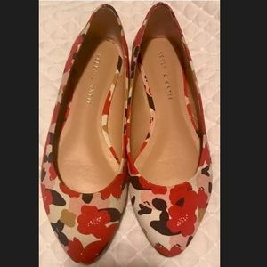 Kelly & Katie floral flats size 6.5