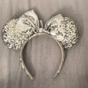 Silver Sequin Minnie Mouse Headband