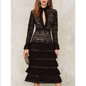 #26 💛 Dickinson lace dress