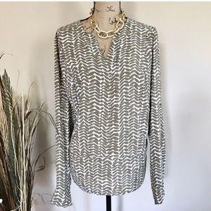Ivory/tan print chiffon blouse