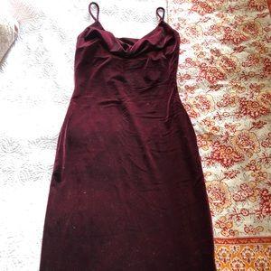 Chic velvet midi dress